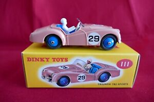 Dinky Toys III Triumph TR 2 sports Rose 1/43 - Toy car triumph TR2 sports -Atlas
