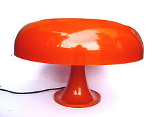 um1970 / Original Design Lampe / Artemide Leuchte / Modell Nesso / Made in Italy