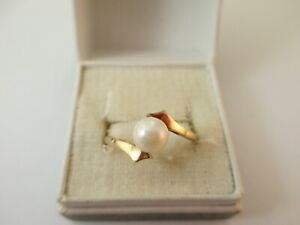 WONDERFUL PRE-OWNED 9ct GOLD 6.25mm PEARL RING UK SIZE R1/2  2.1g