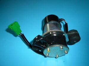 Pompa Benzina Elettrica OES Per Suzuki Carry Bedford Rascal 1510085501 K86806