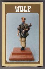 WOLF HORNET MODELS WAW 08 - GERMAN MG42 GUNNER CAMOUFLAGE SMOKE WW2 1/35 RESIN