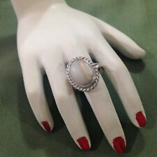 ATTRACTIVE AMERICAN SOUTHWESTERN STYLE STERLING VINTAGE RING - SIZE M (6.25)