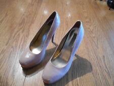 "Simply Vera ~ Vera Wang Nude/Beige Colored Size 6.5 Women's 5"" Stiletto Heels"