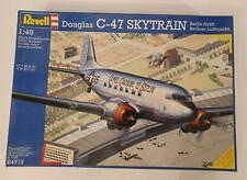 REVELL DOUGLAS C-47 SKYTRAIN BERLIN AIRLIFT 1/48 MODEL KIT 04518