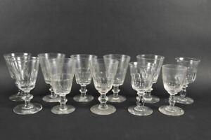 k47a26- 11x Weinglas, verchiedene Formen