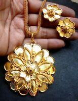 22K Gold überzogene indische Anhänger Ohrringe Kette Party Set Exkl  usive ..lb