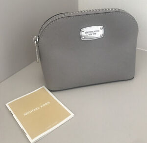 Michael Kors Travel Pouch Make Up Bag Cosmetic Case Pearl Grey Leather Jet Set
