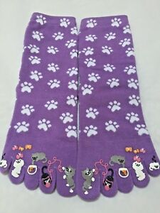 Tabi Toes Cat Socks