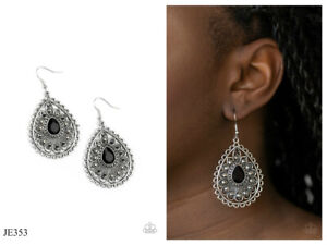 NWT! Paparazzi ~ Eat, Drink, and BEAM Merry ~ Black Earrings