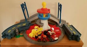 Paw Patrol Launch And Roll Lookout Tower Playset with Nickelodeon Storybook!