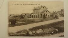 CPA SAINT-VAAST-LA-HOUGUE - la gare