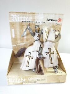 NEW Schleich 70034 Knights Collection Mounted Knight On Horseback Boxed.
