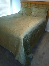 King Size Shiny Olive Green Quilt Bedspread  w/ Embroidery-ish Floral & 2 Shams