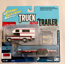 JOHNNY LIGHTNING TRUCK AND TRAILER 1993 FORD F-150 W / CAMPER STRAWBERRY