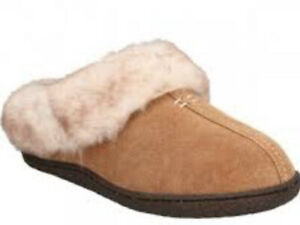 CLARKS LADIES HOME CLASSIC TAN SUEDE WARMLINED MULE SLIPPERS SIZE UK 4 D EU 37
