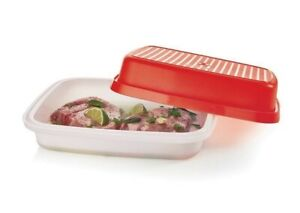 Tupperware Large Season Serve Veggie Meat Marinade Container Red Sheer NEW #1294
