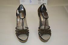 New Steve Madden Avory Black/Gold Women's T-strap  Sandal Size Us 7.5 Eur 38.5