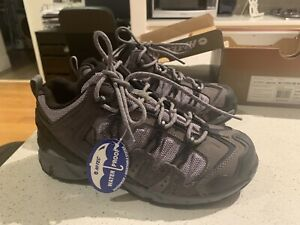 Women's Hi-Tec Hiking Boots Size 6 - BRAND NEW IN BOX - $50 ONO
