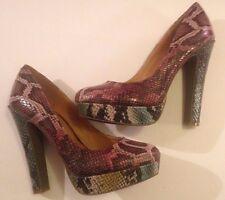 Unworn Cosmopolitan Multi Color Snakeskin Pattern Platform Heel Shoes Size 8M
