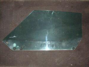 1974 CHEVY CORVETTE FACTORY PASSENGER SIDE GLASS