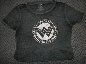 Wonder Woman...Womens XL Gray Shirt