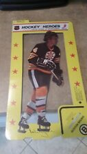 BOBBY ORR  1975/76 HOCKEY HEROES PIN-UP/STAND-UP SPORTROPHY