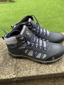 gelert walking boots Size 11.5