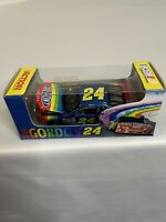1999 #24 Jeff Gordon Dupont 1/64 Action NASCAR Diecast MIP
