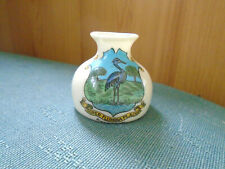 WANSTEAD ESSEX CREST - SMALL VASE - ARCADIAN CRESTED CHINA