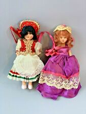 """Lot of 2 VINTAGE STORY BOOK DOLL 7"""" & 6.5"""" ??"""