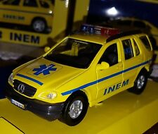 MAISTO MINIATURE EMERGENCY VOITURE PORTUGAL INEM MERCEDES ML ECHELLE 1:42 NEUF