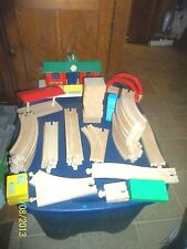 HUGE LOT OF BRIO THOMAS THE THE TANK ENGINE WOODEN TRAIN TRACKS TREES PEOPLE +