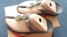 SANDALS ORIGINAL FIT FLOPS JEWEL DESIGN TOE-POST SIZE 8UK 10USA AND 42EUR.PEWTER