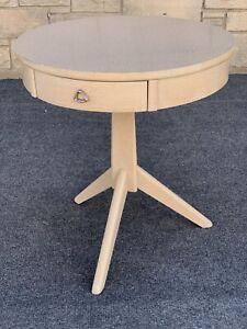 "Mid Century Modern Mersman Round CircleTripod Formica End Table - 26"""