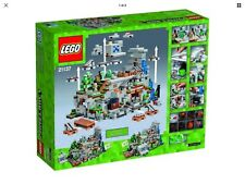 Lego 21137 Minecraft -The Mountain Cave-  NEW