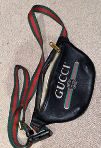 Gucci Print-small-belt-bag  Women's Or Men's Leather Fanny Pack Black