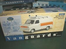 Vanguards 06611 - Ford Transit MKI Amstelveen Police NL - 1:43 Made in China
