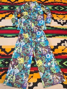 Vtg 60s All Over Print Polyester Disco Flowers Psychedelic Womens 2 piece floral