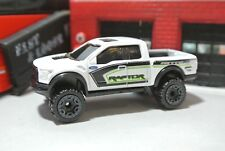 Hot Wheels '17 Ford F-150 Raptor Pick-Up Truck - White - Loose - 1:64