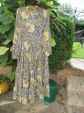 H & M/William Morris & Co Floral Vestido Midi, Talla 12, BNWT