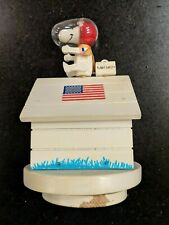 Peanuts/Snoopy Astronaut/Flight Safety 1969 Schmid Music Box-Fly Me To The Moon