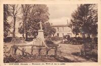 CPA 33 LESPARRE MONUMENT AUX MORTS