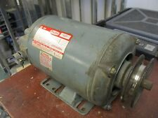 Dayton Motor 3N013H 1.5HP 1725/1425RPM 208-220/440V 4.9-4.8/2.4A 3PH Used
