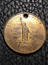 New York - Statue Of Liberty/Empire State Building Token - Holed  INV#5731