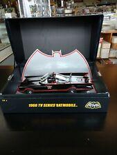 Batmobile 1966 TV Series Hot Wheels Super Elite Diecast Metal 1:18 w/Display Box