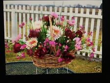 Christmas Valentine Grave Cemetery Tombstone Saddle Basket Burgundy / Red Roses