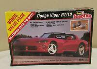 1996 Revell SnapTite Dodge Viper RT/10 1:25 Scale Plastic Model Kit Skill 2