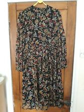 Topshop, size16, black and floral prknt dress, long sleeves, open back