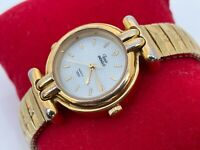 Timex Indiglo Wristwatch Quartz Gold Tone Metal Expandable band Ladies Watch