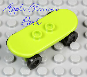 NEW Lego City Minifig Lime GREEN SKATEBOARD -Boy/Girl Minifigure Skate Board Toy